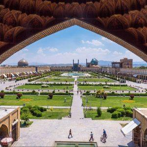 naghshe-e jahan square