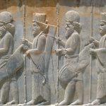 Persepolis_stairs_of_the_Apadana_relief-Achaemenid